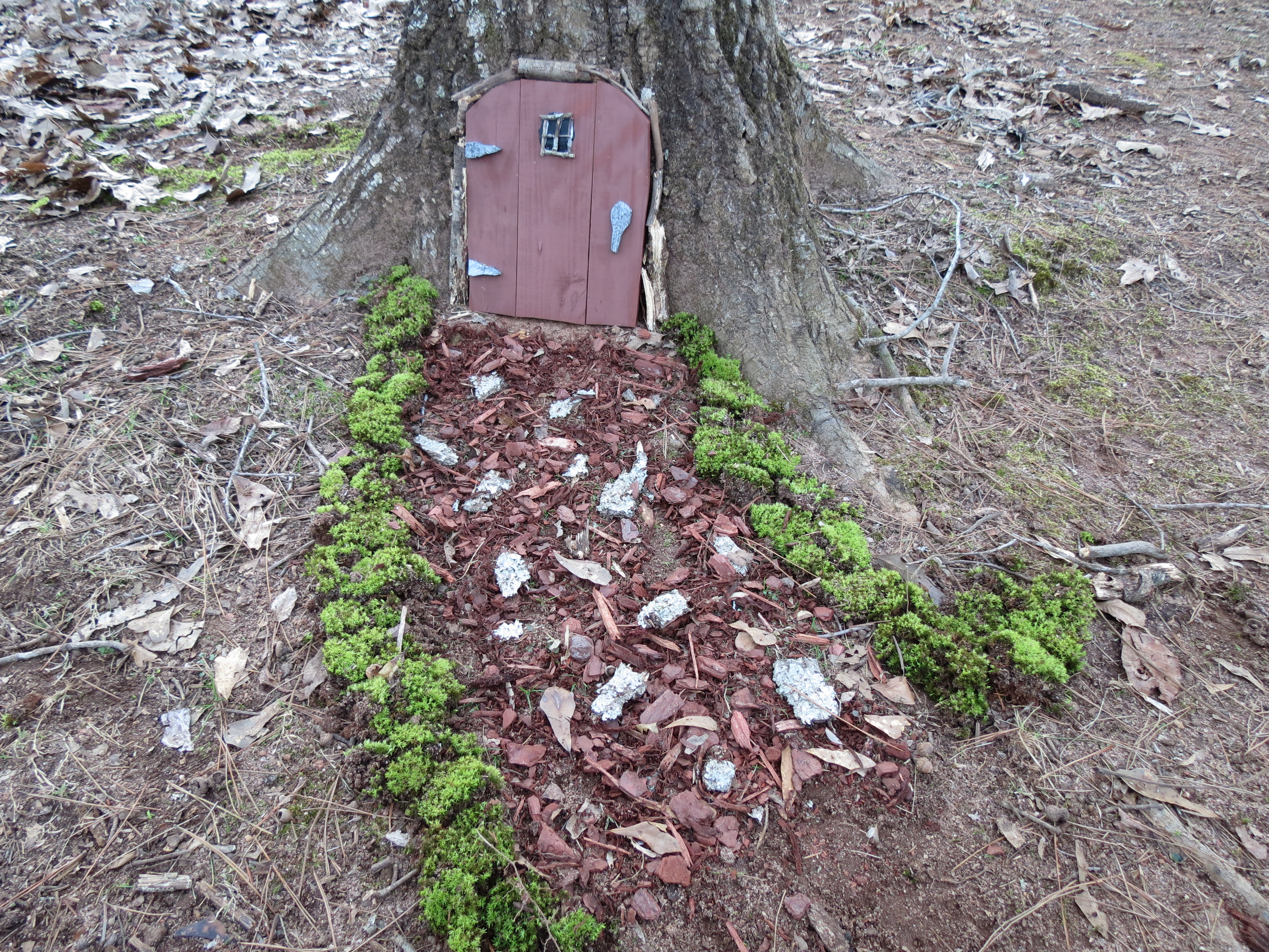 This little gnome door reminds me of the things that matter most. & Leaves and Gnome Doors | Graceful Gaines